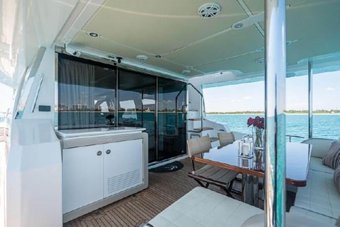 40 2017 AZIMUT 72 Flybridge Motor Yacht 2707375