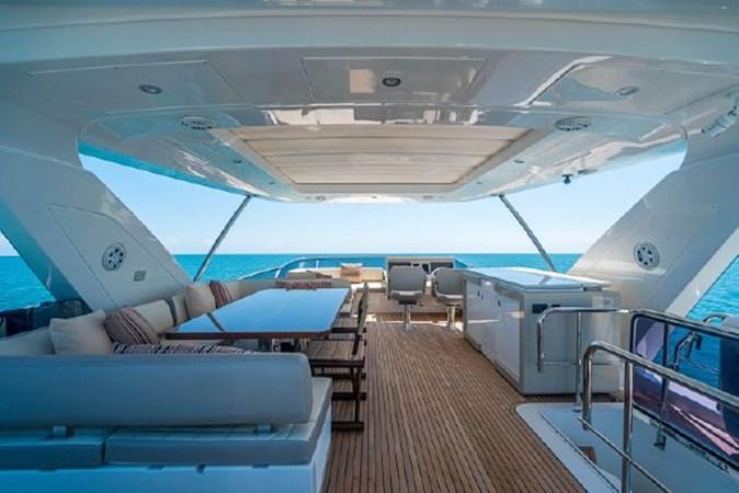 41 2017 AZIMUT 72 Flybridge Motor Yacht 2707376