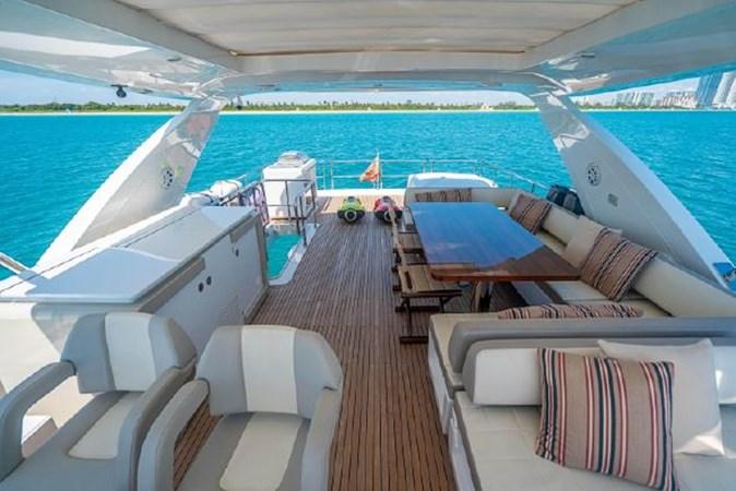 43 2017 AZIMUT 72 Flybridge Motor Yacht 2707378