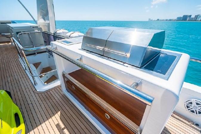 50 2017 AZIMUT 72 Flybridge Motor Yacht 2707385