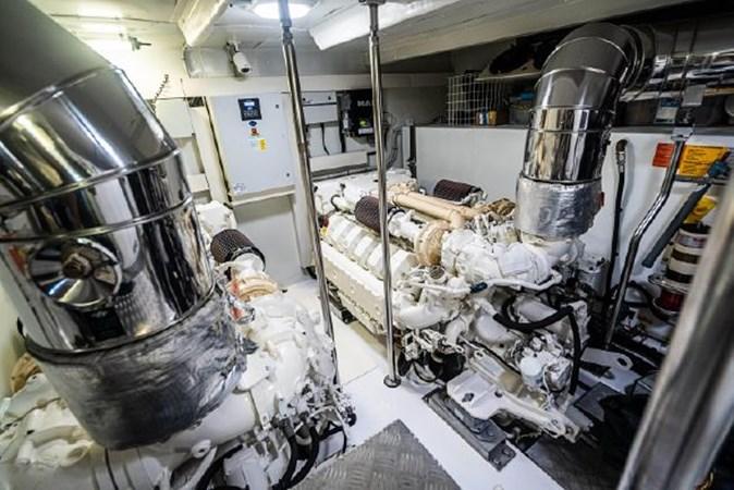 56 2017 AZIMUT 72 Flybridge Motor Yacht 2707391