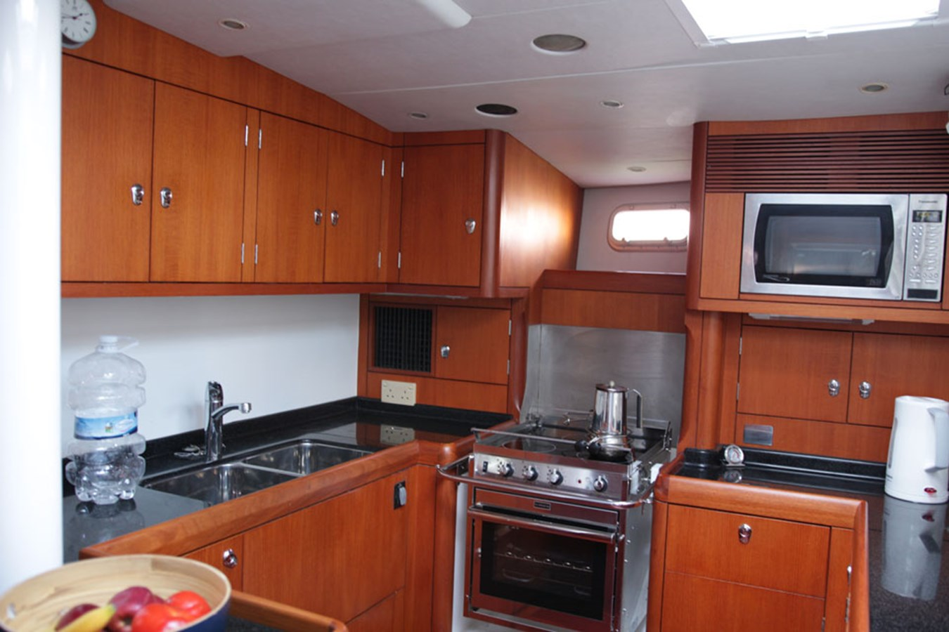oyster-72-12 2005 OYSTER MARINE LTD Oyster 72 Cruising Sailboat 2707555