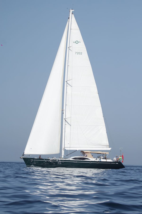 oyster-72-27 2005 OYSTER MARINE LTD Oyster 72 Cruising Sailboat 2707570