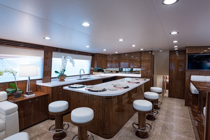 Galley 2019 VIKING Enclosed Sport Fisherman 2707600