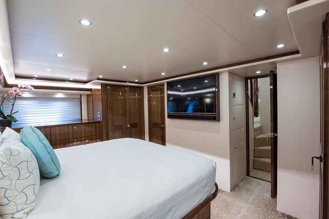 Master Stateroom 2019 VIKING Enclosed Sport Fisherman 2707610