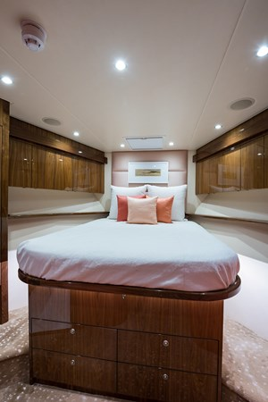 Forward Stateroom 2019 VIKING Enclosed Sport Fisherman 2707618