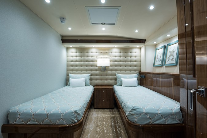 Port Guest Stateroom 2019 VIKING Enclosed Sport Fisherman 2707637