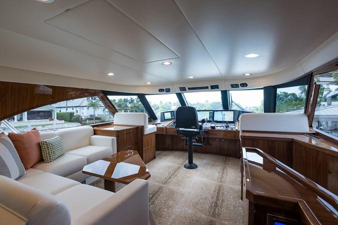 Enclosed Flybridge 2019 VIKING Enclosed Sport Fisherman 2707641