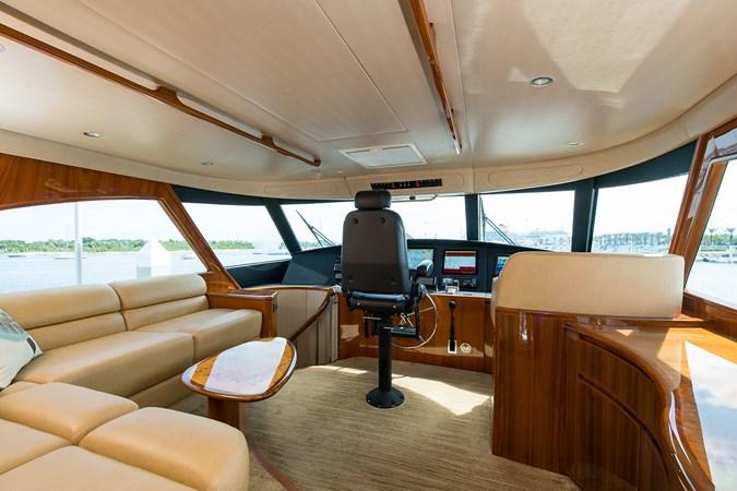 Enclosed Flybridge 2013 VIKING Enclosed Bridge Sport Fisherman 2707791