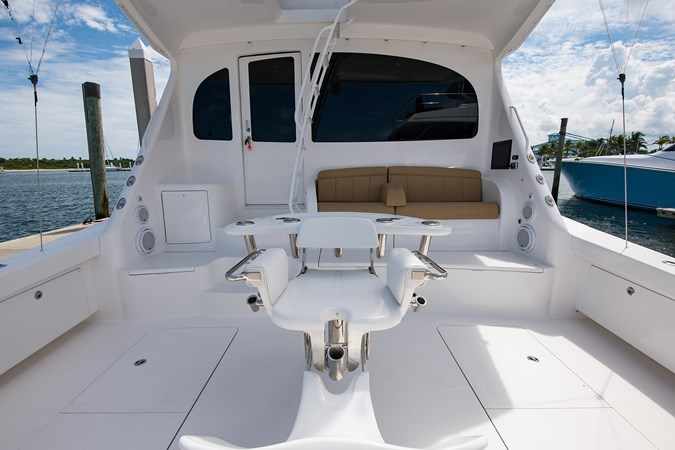 Cockpit 2013 VIKING Enclosed Bridge Sport Fisherman 2707796