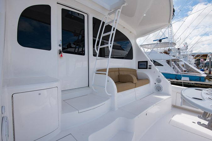 Cockpit 2013 VIKING Enclosed Bridge Sport Fisherman 2707798