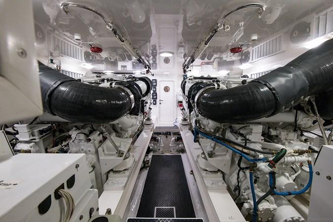 Engine Room 2013 VIKING Enclosed Bridge Sport Fisherman 2707799