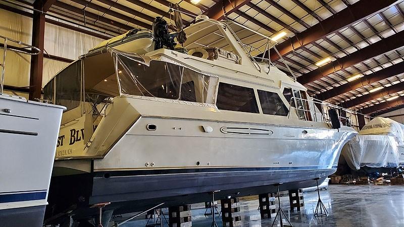 02ProfileSTBDAft 2004 NAVIGATOR 5700 Rival Pilothouse Motor Yacht 2708981