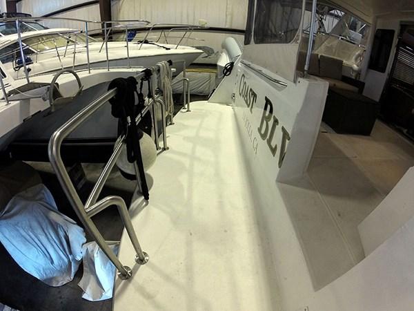 05DeckSwimPlatform 2004 NAVIGATOR 5700 Rival Pilothouse Motor Yacht 2708984