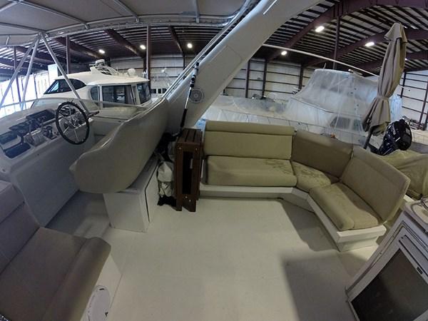 39FBSTBDWide 2004 NAVIGATOR 5700 Rival Pilothouse Motor Yacht 2709018
