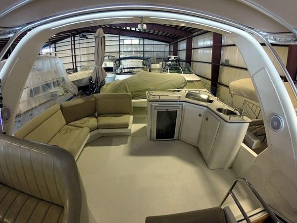40FBAftWide 2004 NAVIGATOR 5700 Rival Pilothouse Motor Yacht 2709019