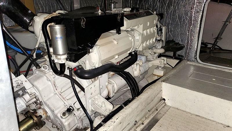 45MECHPortMainEngineAft 2004 NAVIGATOR 5700 Rival Pilothouse Motor Yacht 2709024