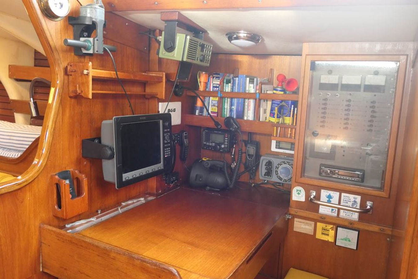 nautor-swan-44-16 1973 NAUTOR'S SWAN Nautor Swan 44 Cruising Sailboat 2709882