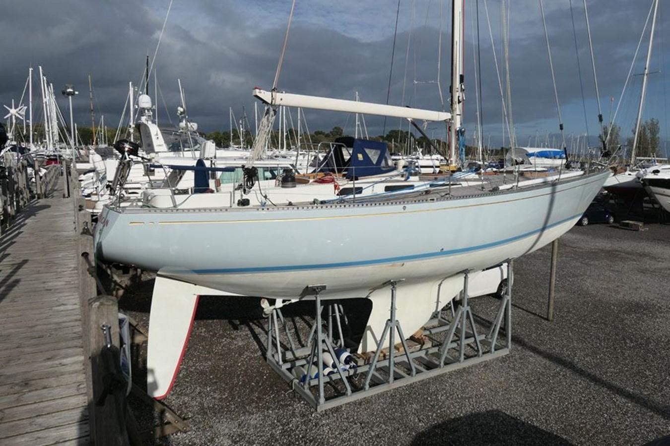 nautor-swan-44-34 1973 NAUTOR'S SWAN Nautor Swan 44 Cruising Sailboat 2709900