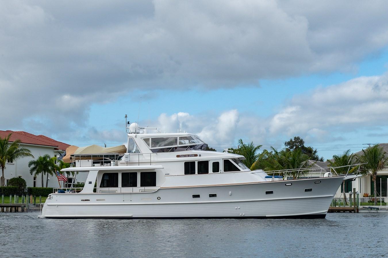 Tout Va Bien_Starboard Profile2 2005 GRAND BANKS 64 Aleutian RP Motor Yacht 2726094