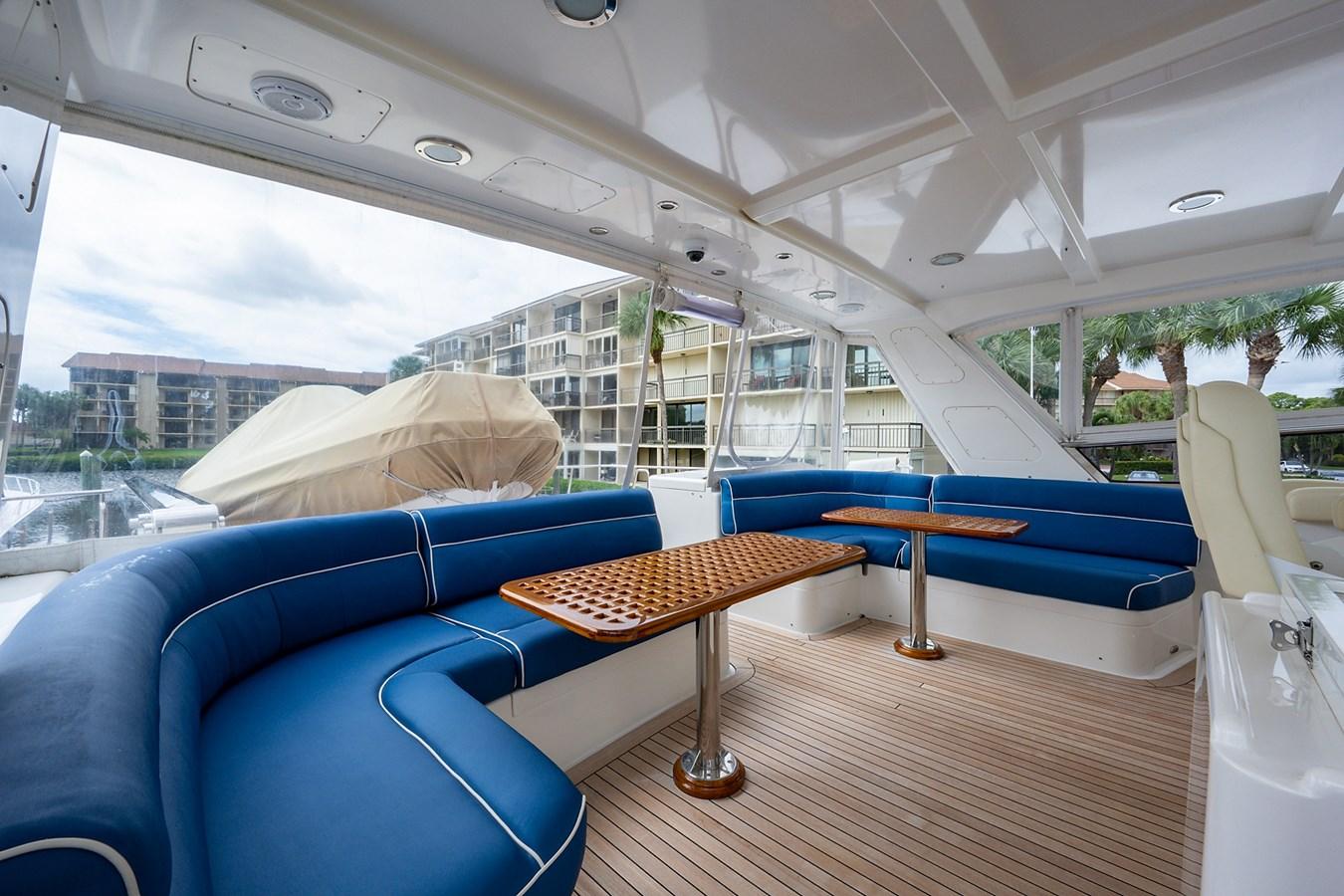 Tout Va Bien_Flybridge9 2005 GRAND BANKS 64 Aleutian RP Motor Yacht 2726102