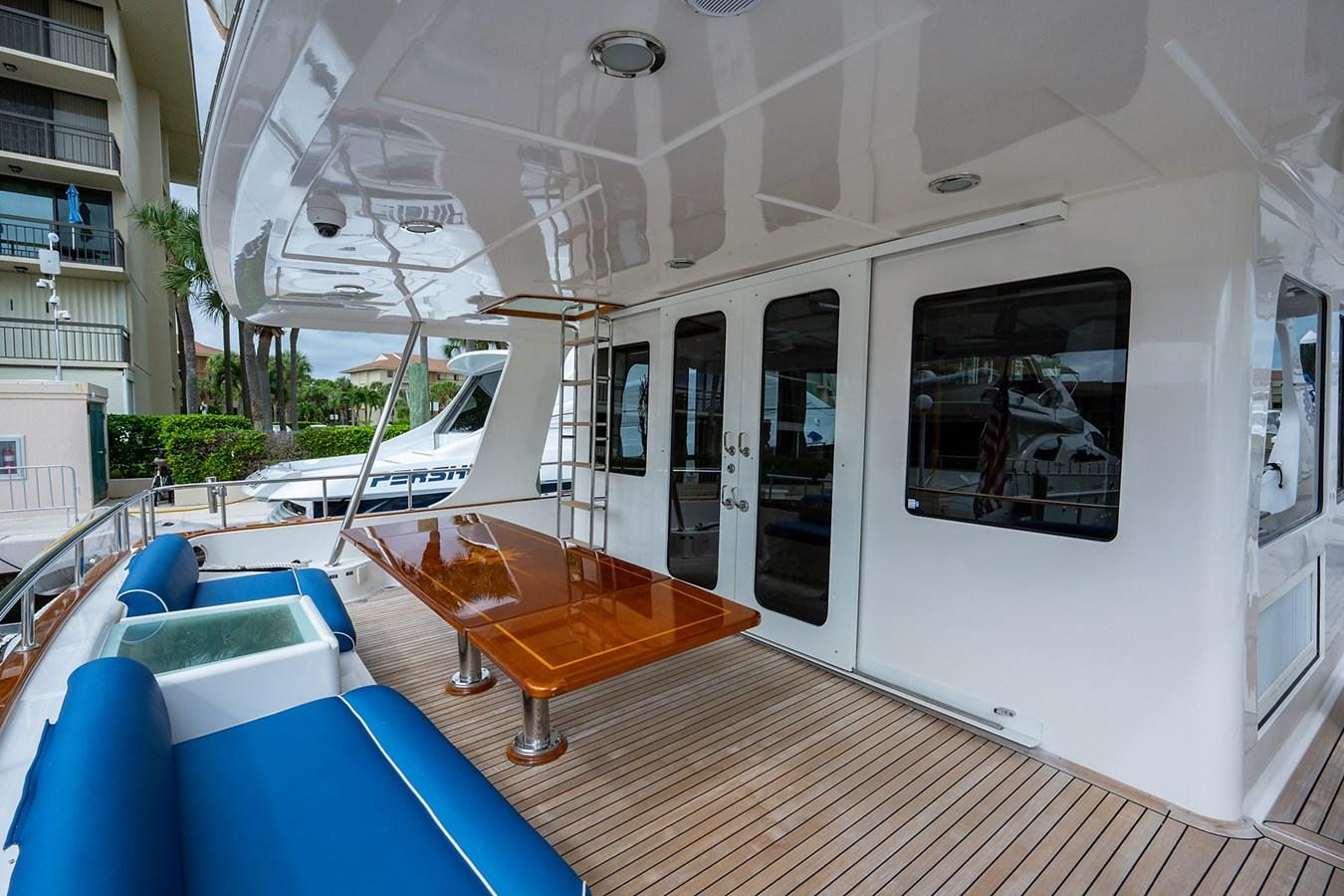 Tout Va Bien_Aft Deck2 2005 GRAND BANKS 64 Aleutian RP Motor Yacht 2726109
