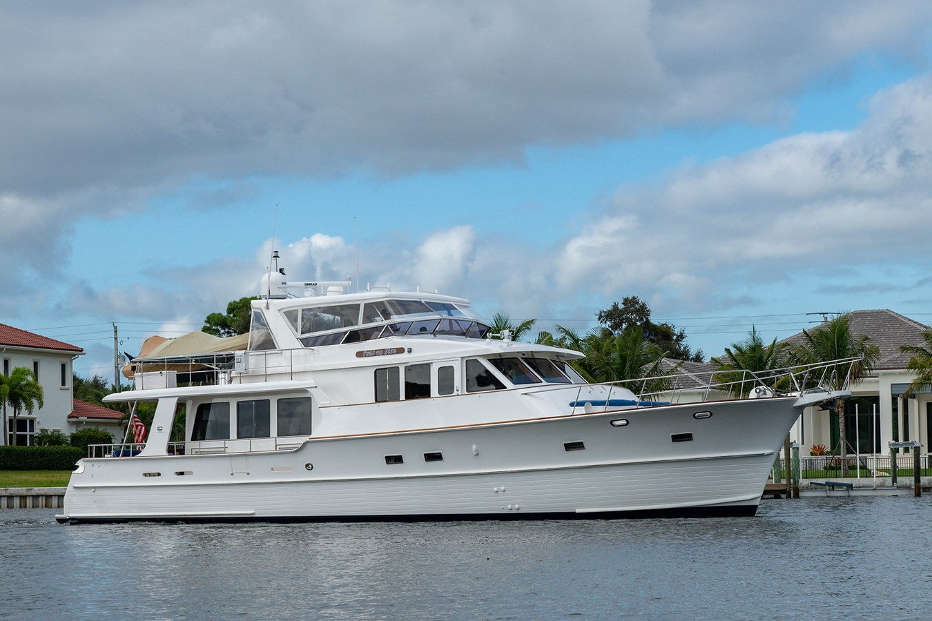 Tout Va Bien_Bow Profile1 2005 GRAND BANKS 64 Aleutian RP Motor Yacht 2726112