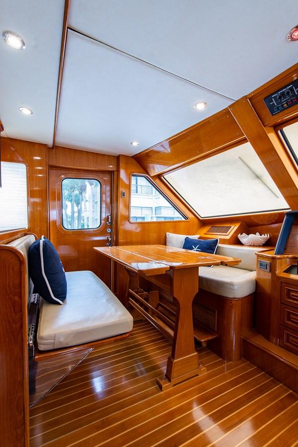Tout Va Bien_Pilothouse1 2005 GRAND BANKS 64 Aleutian RP Motor Yacht 2726121