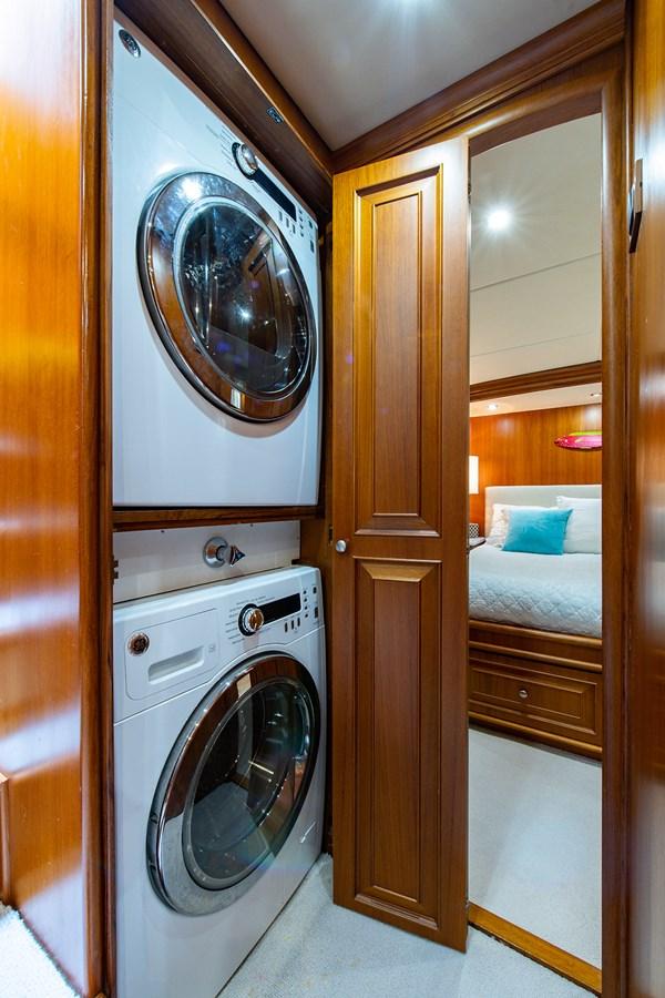 Tout Va Bien_Laundry1 2005 GRAND BANKS 64 Aleutian RP Motor Yacht 2726125