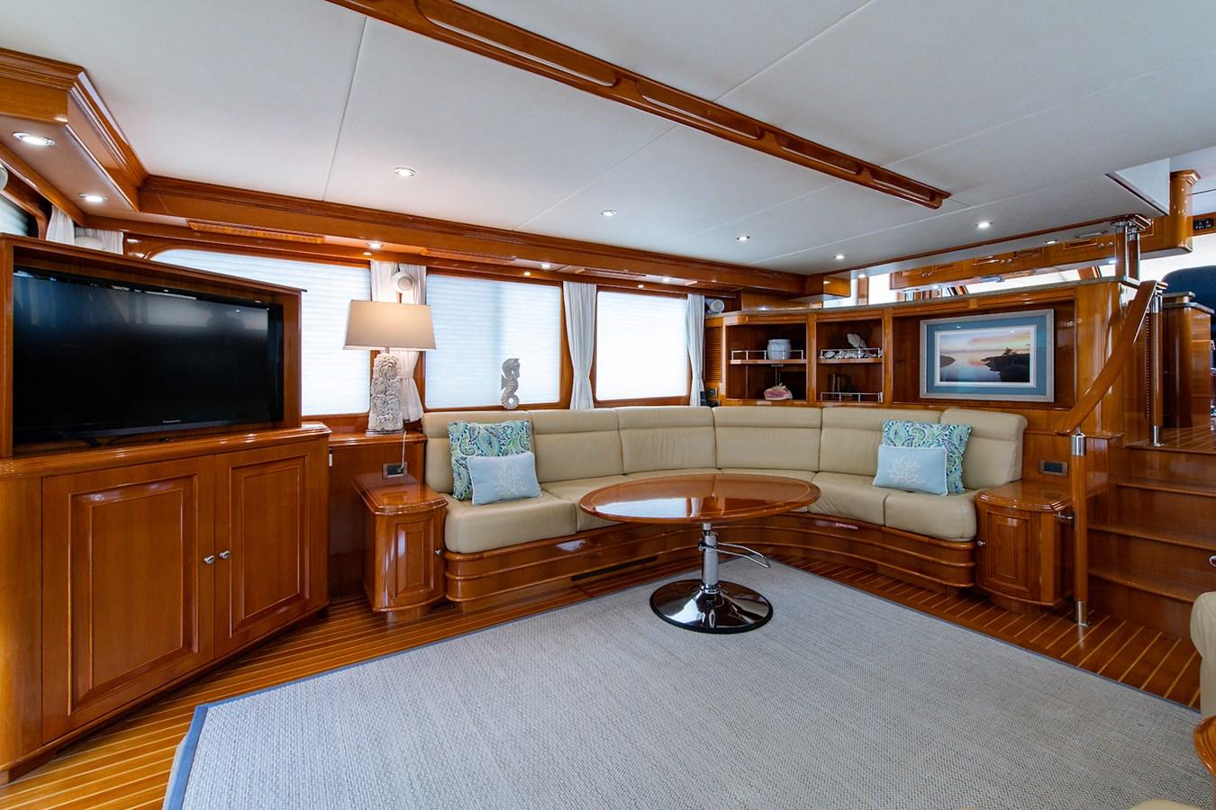 Tout Va Bien_Salon6 2005 GRAND BANKS 64 Aleutian RP Motor Yacht 2726144