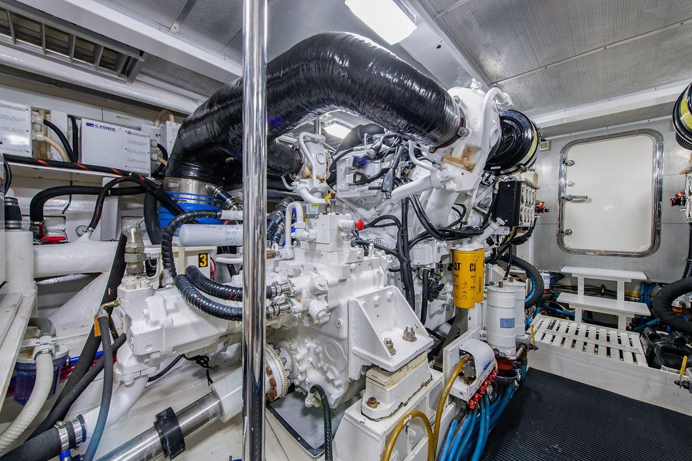 Tout Va Bien_Engine Room3 2005 GRAND BANKS 64 Aleutian RP Motor Yacht 2726146