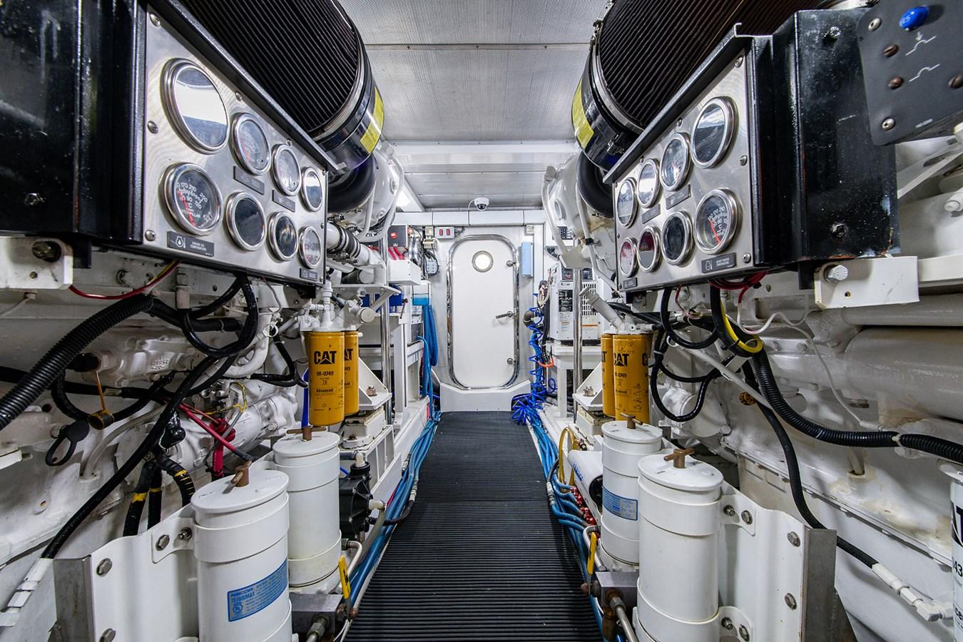 Tout Va Bien_Engine Room4 2005 GRAND BANKS 64 Aleutian RP Motor Yacht 2726149