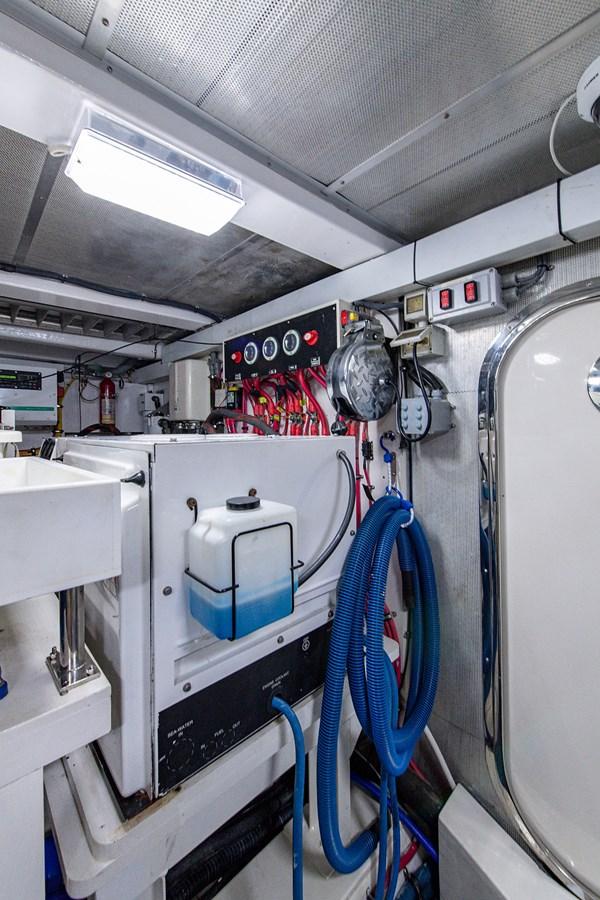 Tout Va Bien_Engine Room7 2005 GRAND BANKS 64 Aleutian RP Motor Yacht 2726162