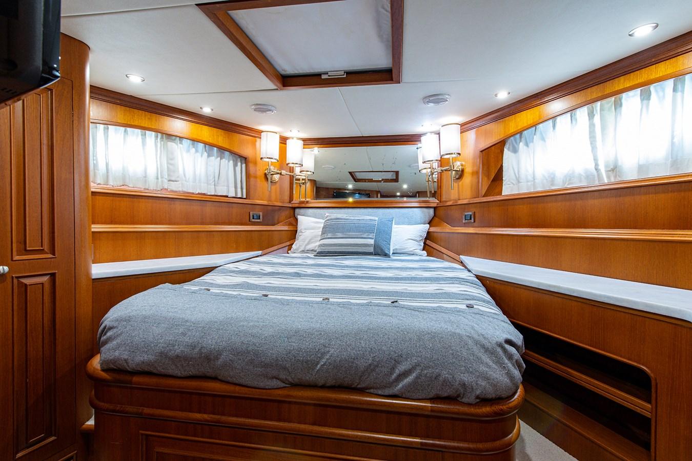 Tout Va Bien_Forward Stateroom1 2005 GRAND BANKS 64 Aleutian RP Motor Yacht 2726163