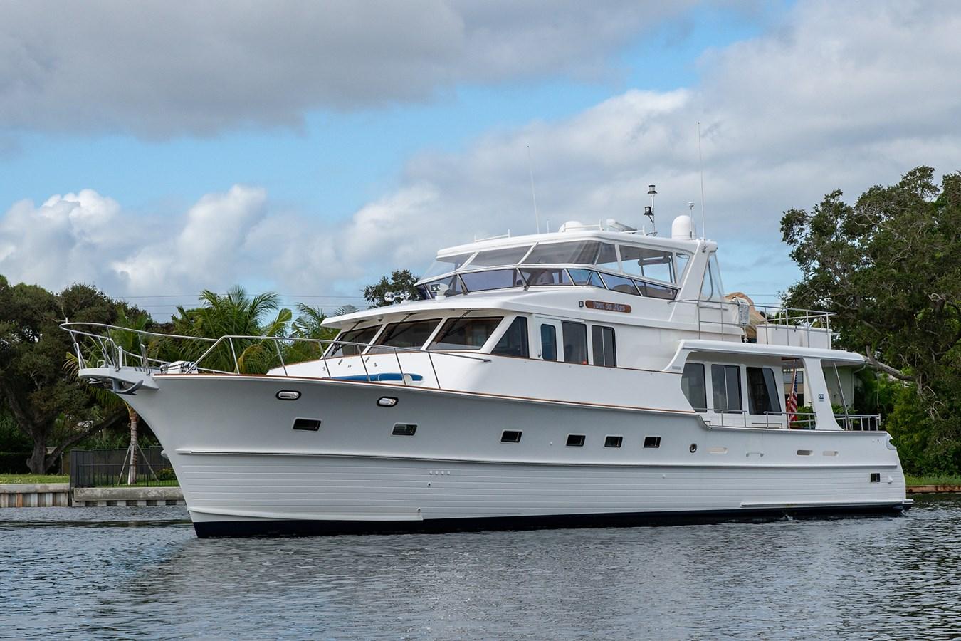 Tout Va Bien_Bow Profile5 2005 GRAND BANKS 64 Aleutian RP Motor Yacht 2726167