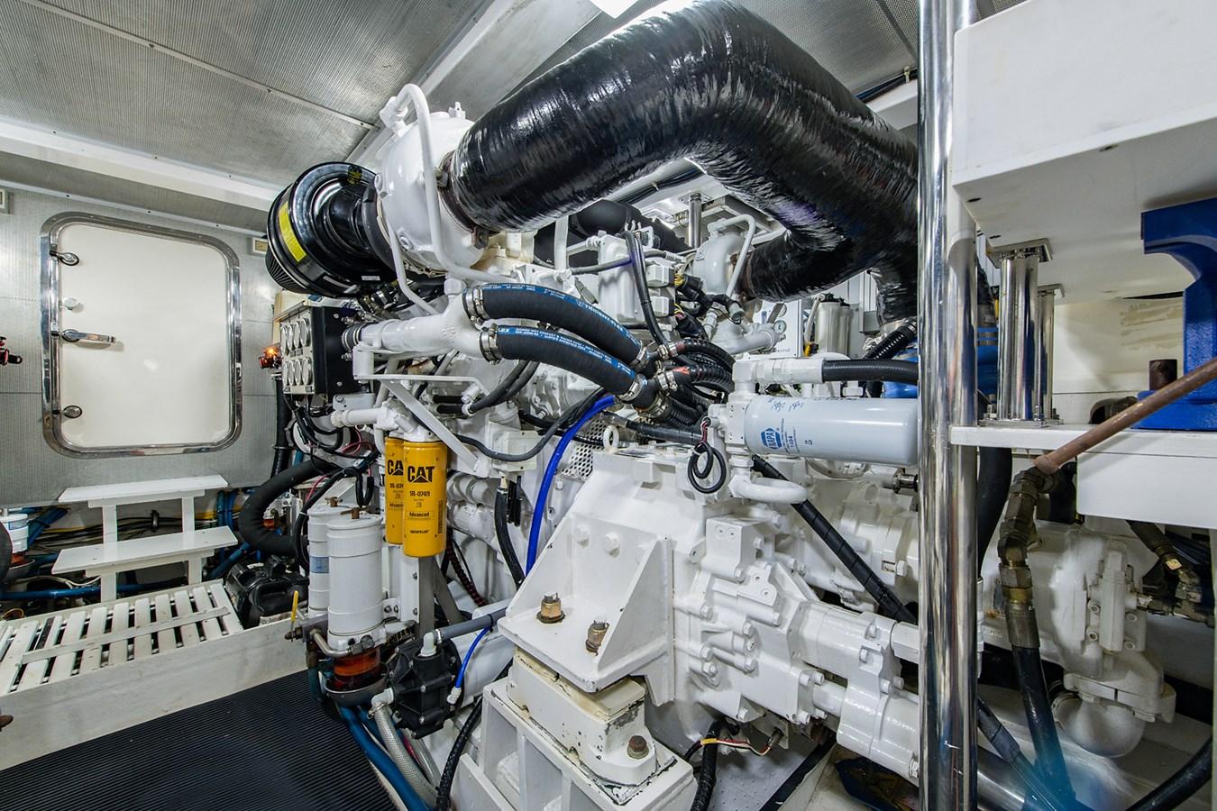 Tout Va Bien_Engine Room2 2005 GRAND BANKS 64 Aleutian RP Motor Yacht 2726177