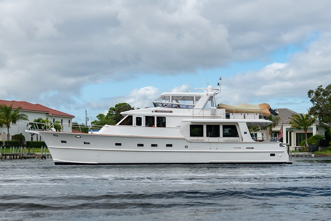 Tout Va Bien_Port Profile1 2005 GRAND BANKS 64 Aleutian RP Motor Yacht 2726093