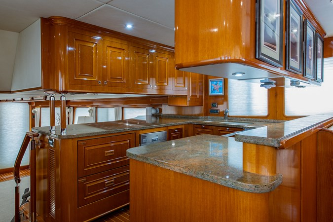 Tout Va Bien_Galley1 2005 GRAND BANKS 64 Aleutian RP Motor Yacht 2726118