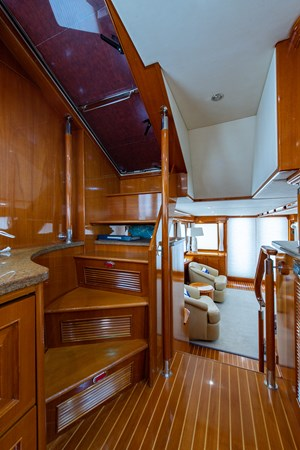Tout Va Bien_Galley6 2005 GRAND BANKS 64 Aleutian RP Motor Yacht 2726145