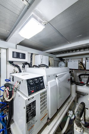 Tout Va Bien_Engine Room10 2005 GRAND BANKS 64 Aleutian RP Motor Yacht 2726158
