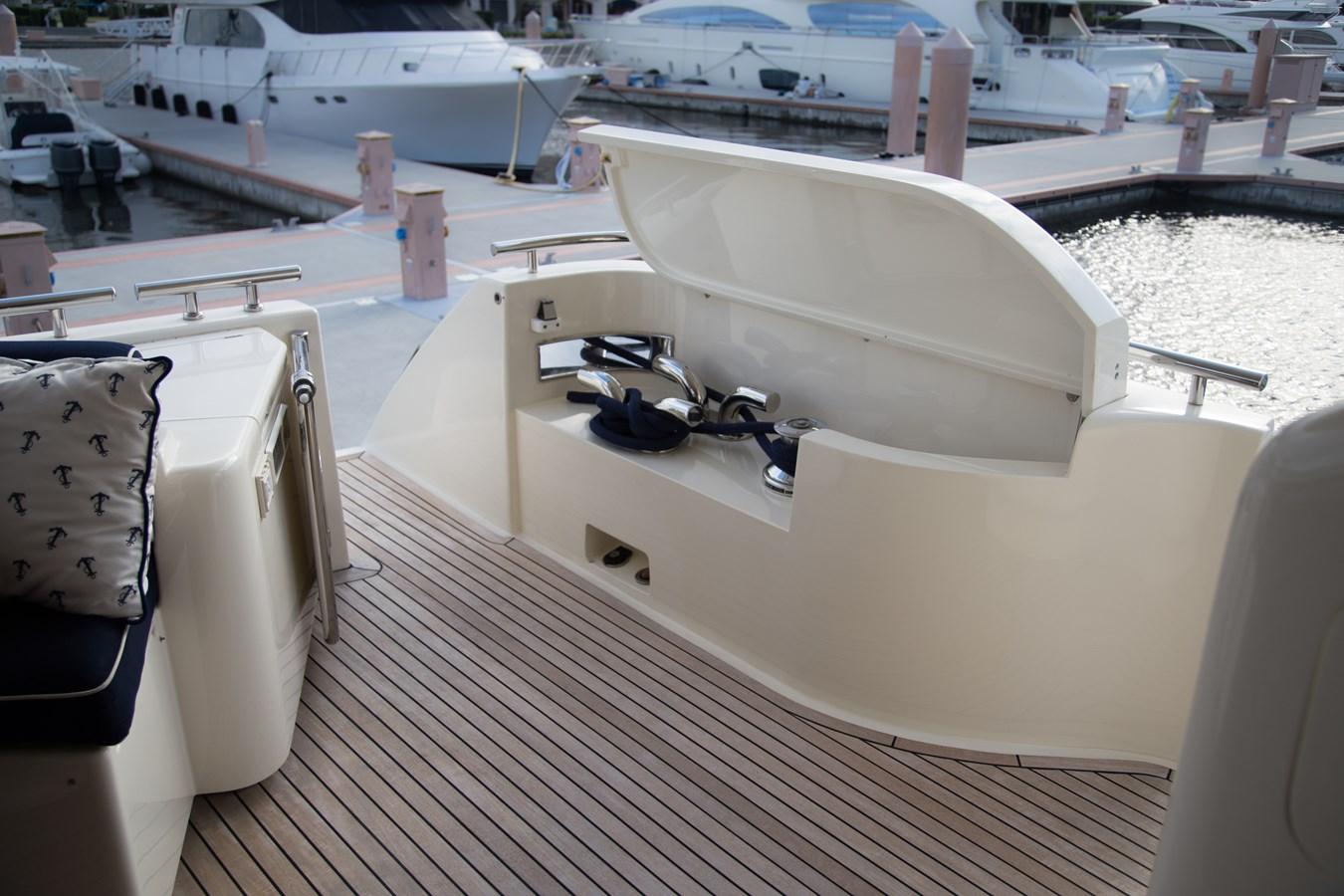 Sten Cleats with Capstan  2003 FERRETTI YACHTS Custom Flybridge Motor Yacht 2710321