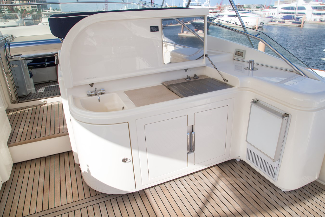 Flybridge BBQ, Sink, Ice Maker and Refrigeration 2003 FERRETTI YACHTS Custom Flybridge Motor Yacht 2710342