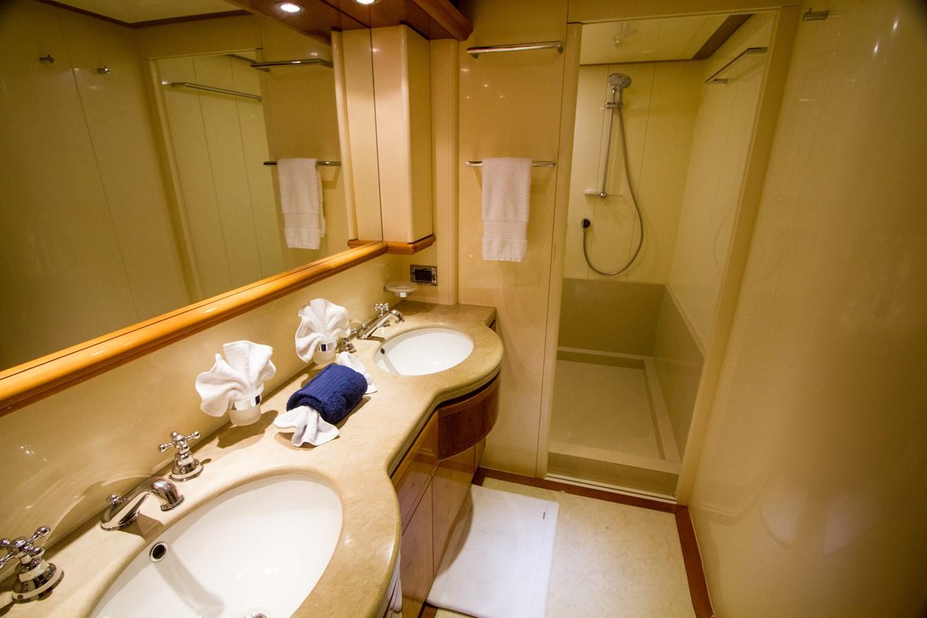 VIP Sink and Shower 2003 FERRETTI YACHTS Custom Flybridge Motor Yacht 2710356