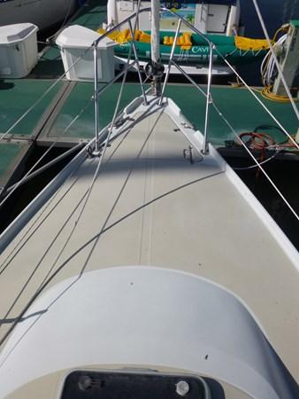 P1010276 1989 ERICSON YACHTS Ericson 32-3 Cruising/Racing Sailboat 2710753