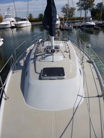 P1010278 1989 ERICSON YACHTS Ericson 32-3 Cruising/Racing Sailboat 2710754