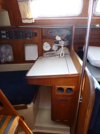 P1010299 1989 ERICSON YACHTS Ericson 32-3 Cruising/Racing Sailboat 2710760