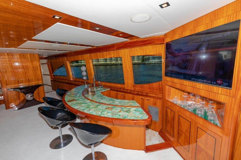 Main Salon Bar  2013 HATTERAS  Motor Yacht 2711367