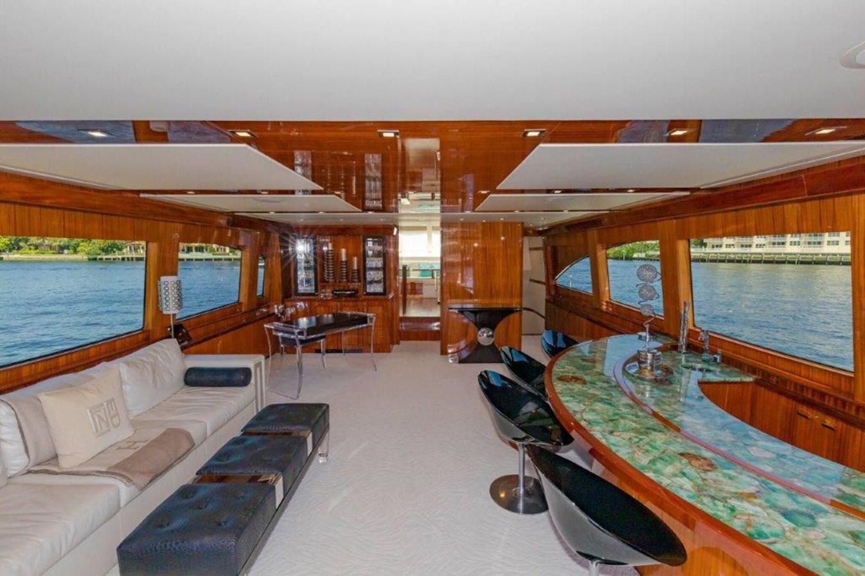 Main Salon 2013 HATTERAS  Motor Yacht 2711402