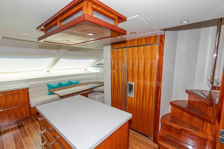 Galley  2013 HATTERAS  Motor Yacht 2711408