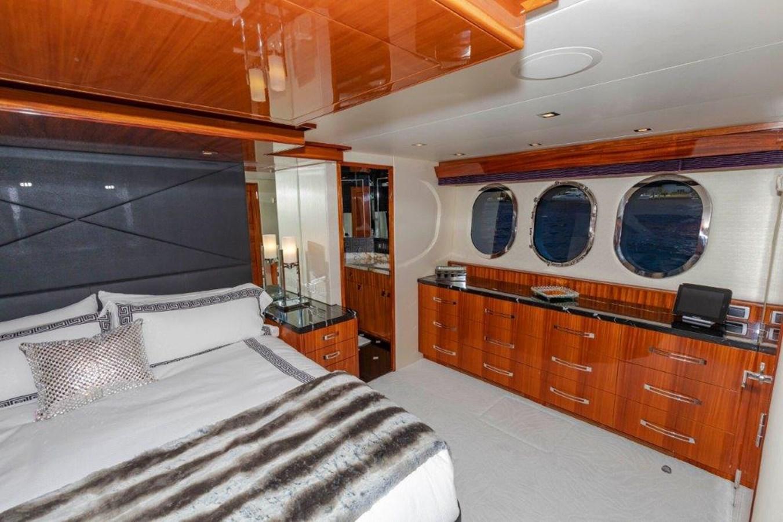 Master  Port 2013 HATTERAS  Motor Yacht 2711423